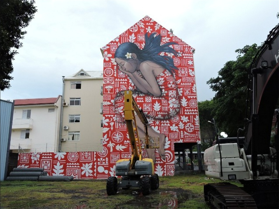 Fresque d'ensemble - Vahine dormant - Papeete
